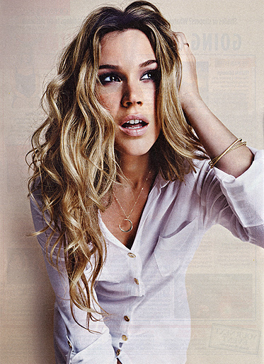 JOSS STONE- PLATINUM ALBUM AWARD WINNING ARTIST